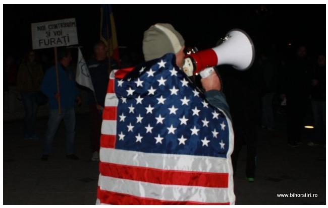 Despre protestele politice deaseară